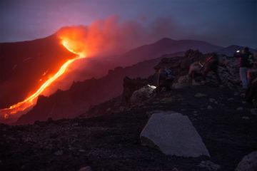 Escursioni Etna in fuoristrada +39 3207818434